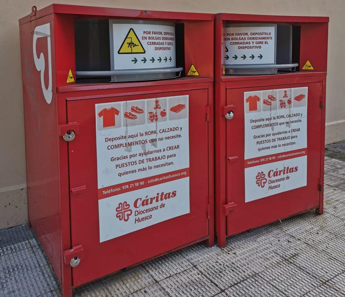 Carinsertas cierra temporalmente sus contenedores de ropa en las zonas rurales